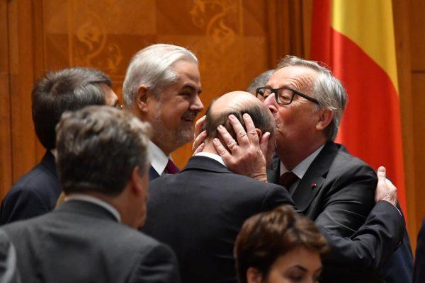 de ce a pupat Junker chelia lui Traian Băsescu?