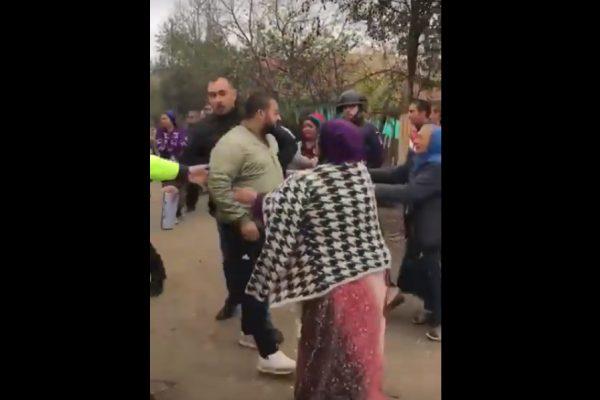 arestare agresori politisti
