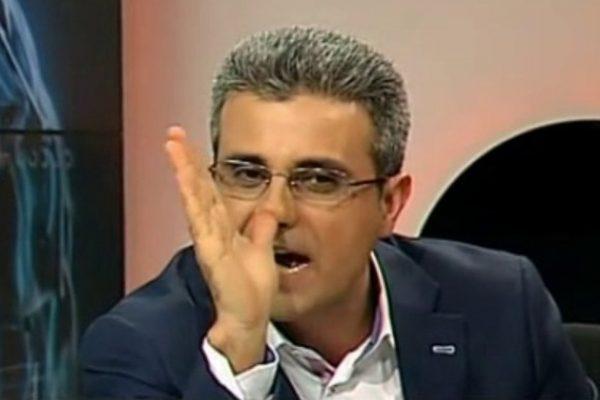 turcescu urla isteric